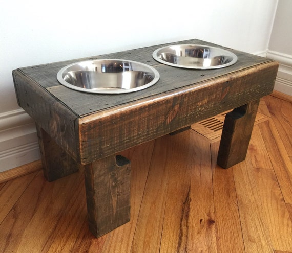 reclaimed elevated pallet dog bowl stand pet feeding station - photo#30