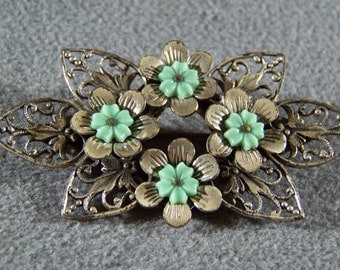 Vintage Silver Tone Fancy Filigree Lucite Bold Raised Carved Floral Pin Brooch Jewelry Art Deco Style **RL