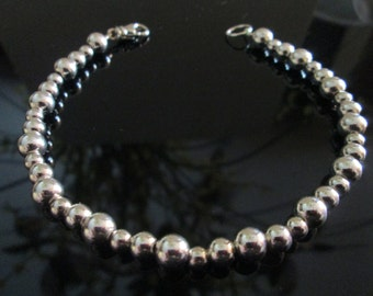 Classic Sterling Silver Graduated Bead Bracelet