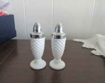 2 beautiful salt and pepper sahker Westmoreland Glass