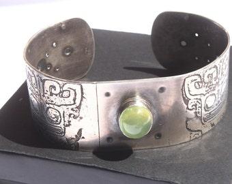 Sterling Silver Prehnite Cuff Bracelet / gemstone bracelet / tribal jewelry / ethnic native jewelry