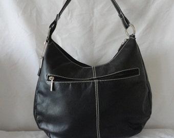 Pre-Owned Black Leather HandBag******.