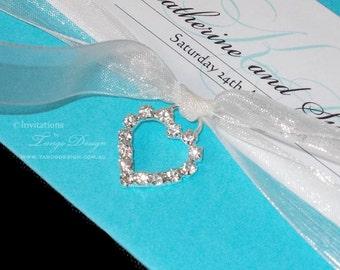 Crystal heart embellishment Rhinestone pendant | 25 wedding embellishments for invitation, jewelry making craft. Diamante bling heart charms