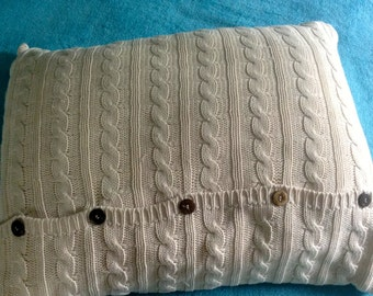 Vintage Cable Knit Standard Pillow Sham, Coconut shell buttons, Envelop style off white