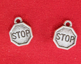 """10pc """"Stop"""" charms in antique silver (BC1073)"""