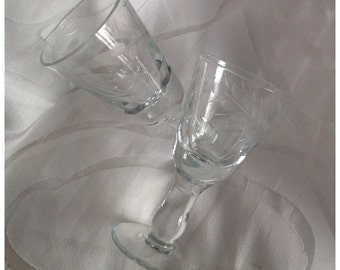 Vintage Pair of Sherry Glasses, Etched Grass Leaf Pattern