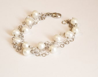 Romantic Vintage Cultured Pearl Bracelet with 925 Silver Chain Link Strands, Perfect Bride or Bridesmaid gift, Medium to large wrist