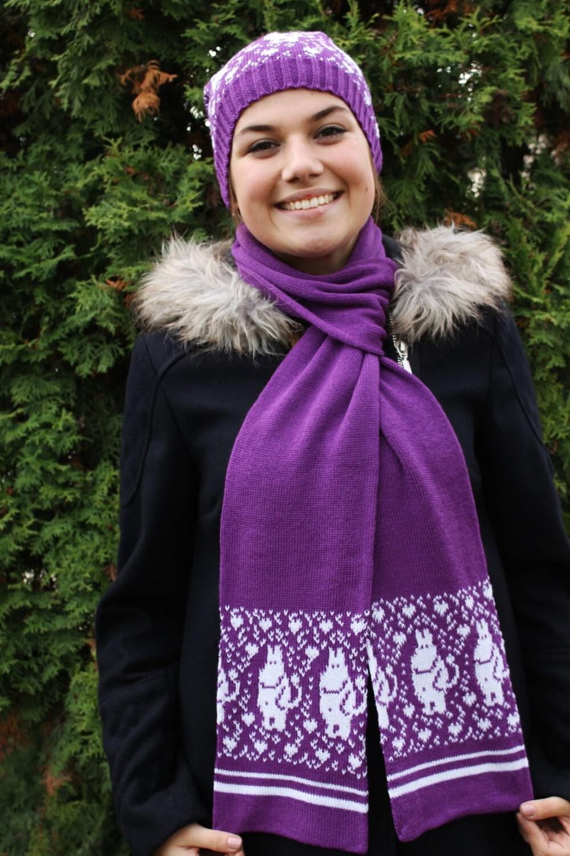 Moomin Knitting Pattern : Soft and long Moomin handmade knit scarf