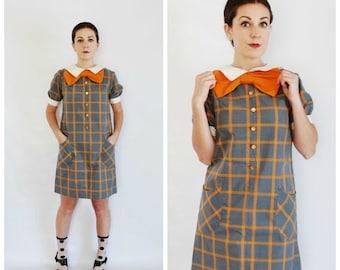 SALE 30% OFF 60's Plaid Mini Dress - Mod Bow Sixties Dress - Size S/M