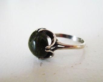 Unique Sterling Silver Vintage Ring with Serpentine Stone original design - trending item Size 8.5
