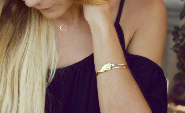 leaf bangle, gold leaf bracelet, bridesmaid bracelet, wedding jewelry bracelet, wire wrapped layered bracelet, vintage
