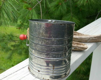 1950s Bromwell 5 Cup Red Handle Flour Sifter
