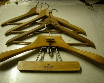 4 clothes hangers-wood cloth hangers-bedroom storage-berdroom closet-1 harmony house-retro-