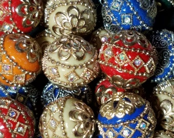 Round Handmade Rhinestone Indonesia Beads, with Golden Tone Alloy Cores, Mixed Color, 19~21mm, Hole: 2mm    105