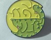 yin yang cats pin