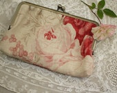 Clip Purse *Kate Forman Red Roses* Linen / Card Case Coin Case Cosmetic Accessory Bag / French Vintage Style Floral