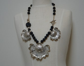 Black Onyx and sterling silver flower necklace.