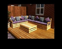 Garden furniture seating area made from pallets