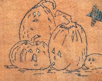 Pumpkin pals is the name of this stitch pattern