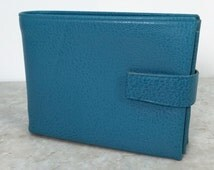 1960s Blue Leather Billfold // Vintage AMITY Ladies Wallet with Coin Pouch & Photo Sleeves