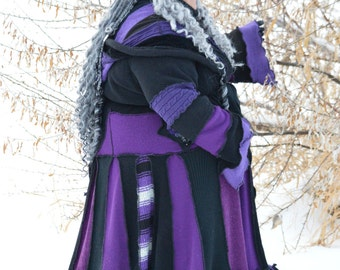 Plus sized!!!  Unique Purple and Black Gypsy coat!  3x/4x zippered front with pockets & bell sleeves!