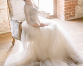 Tulle wedding gown, V-neckline lace and tulle bridal gown, olive gray, ONLY ONE SIZE EU36! Ready to ship!