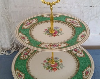 Green floral cake stand