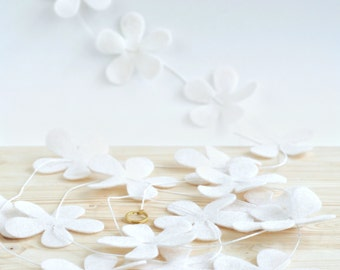 Floral Wedding Garland - Wedding Felt Flower Garland - Woodland Wedding Theme - Wedding Dessert Table Decoration - Photo Backdrop