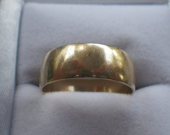 Vintage 9ct Yellow Gold Wide Wedding Band Ring