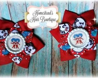 Thing 1 and Thing 2 - Dr. Seuss theme Red Blue hair clips RTS bows, Dr.seuss birthday theme