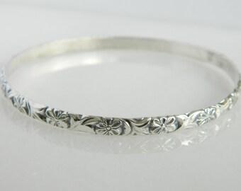 Beautiful Vintage Sterling Silver Floral Bangle Bracelet