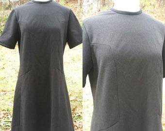 Vintage 1960s black mod shift dress