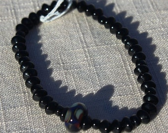 Black glass beaded stretch bracelet