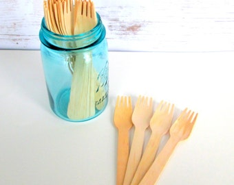 25 Disposable Wooden Forks, Eating Utensils, Wooden Cutlery, Picnic Supplies, Wood Silverware