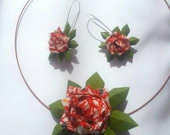 Origami lotus necklace