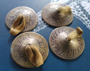 VTG EUC Zills full set 4 brass metal finger cymbals original patina India Etched Inscribed Style design belly dance musical instrument