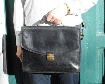 Vintage mens leather bag, mens leather messenger bag satchel, office bag, large leather laptop bag, vintage black leather messenger bag