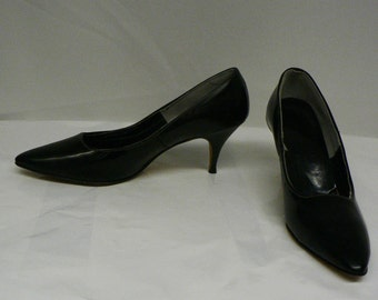 """Vintage Dion Giovini black high heels pumps size 6, 3"""" heel"""