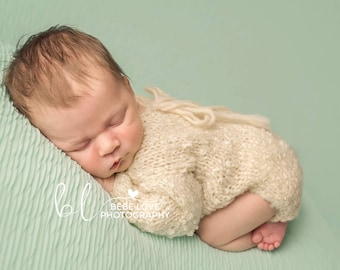 Knitted Baby newborn romper grey or cream or light blue, long sleeve, super soft, for boy or for girl, Photo prop