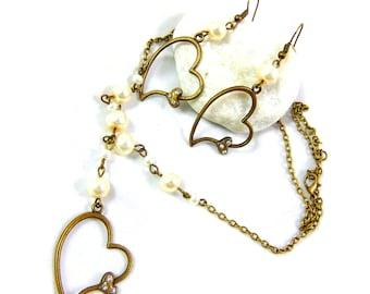 Rhinestone heart adornment and pearls saint valentine
