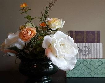 Small Floral Arrangement, Rose Flower Arrangement, Wedding, Rose Bouquet, Centerpiece, Renunculous, Pink Floral, Small Flower Arrangement