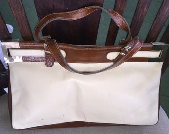 Vintage Etra bone and brown patent leather handbag