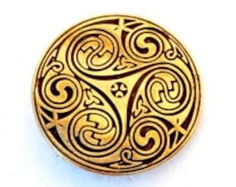 Celtic belt fitting with Triskelion - [08 Ce-4 Triskele]