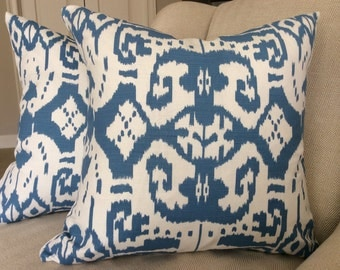 "22"" CHINA SEAS Island Ikat PIllow Cover in regal blue on white"