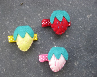 little felt strawberries as Hairclips for girls and Moms