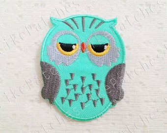 Owl Patch - Green Pastel Super Cute Owl New Sew / Iron On Patch Embroidered Applique Size 5.1cm.x6.7cm.