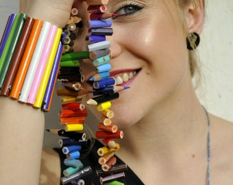 Maxi necklace with pencils