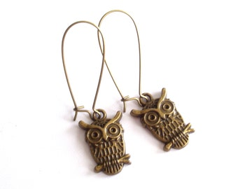 Owl Earrings, Antiqued Brass Owl Earrings, Bird Jewelry, Bronze Bird Pierced Dangle Earrings, Owl Jewelry, Nature Earrings