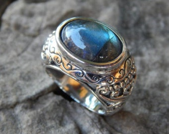 Bali silver ring motif labradorite stone patra
