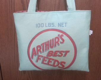 ARTHUR'S BEST FEEDS Feed Sack Bag in Green